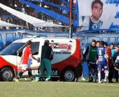 Argentine footballer tragically dies after catching knee to the head in freak on-pitch accident